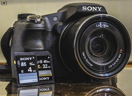 كاميرة sony hx200v إستعمال 6 أشهر الحالة ممتازة