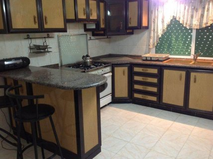 شقة هادئة ومميزة مفروشة للإيجار في منطقة هادئة في طبربور