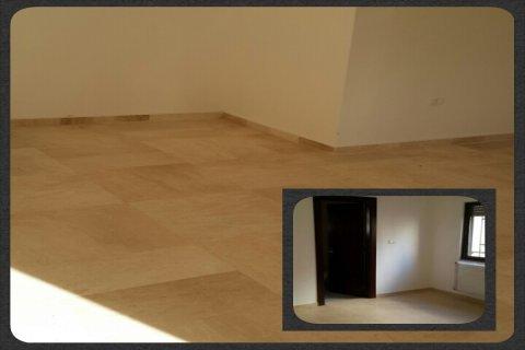 شقة طابق 3 في ام السماق فاخرة للبيع المساحه  210 م ب  157 الف