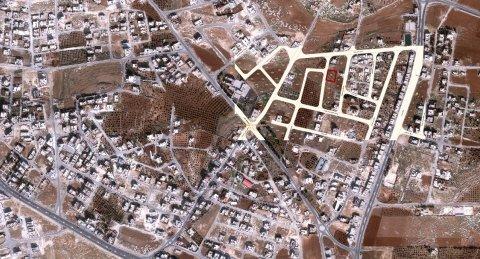 ارض للبيع في شفا بدران  متواجدة على شارعين