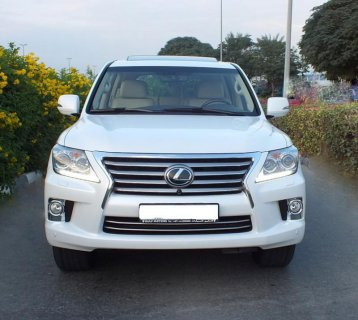 2013 LEXUS LX 570 4x4 SUV