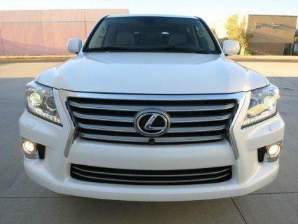 OFFER SALE: 2013 LEXUS LX 570 V8.
