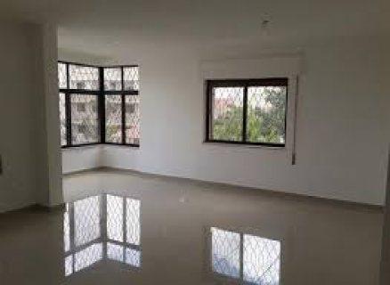 شقة للبيع في تلاع العلي طابق تسوية ثالث  مساحة 190 متر