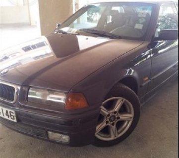 سيارة BMW 316 compact