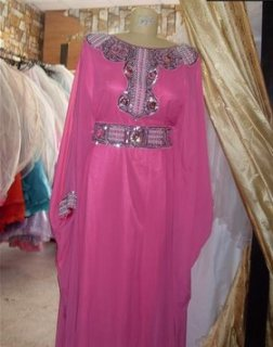 فستان ملبوس مره واحد للبيع