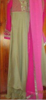 فستان هندي غير مستخدم