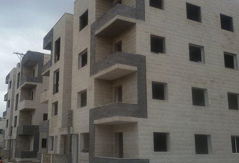 شقق حديثة البناء للبيع