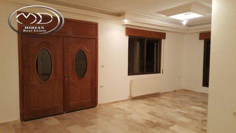 شقة للبيع فارغة في تلاع العلي - خلف السلطان - الطابق الثاني 150م