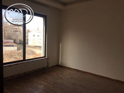 شقة للبيع فارغة في ام السماق - مقابل الانجليزيه 150م