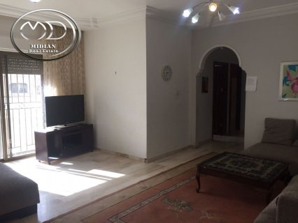 شقة للبيع فارغة في خلدا - قرب البشيتي - الطابق الاول -205م