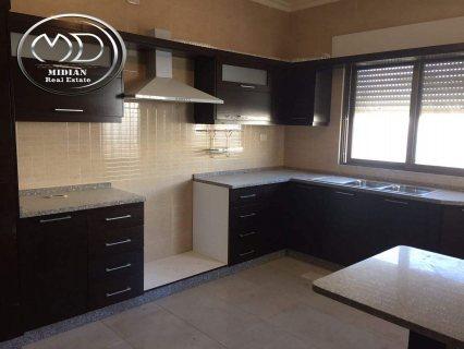 شقة للايجار فارغه - في الجندويل - البيت المفتول - الطابق الاول - 200م