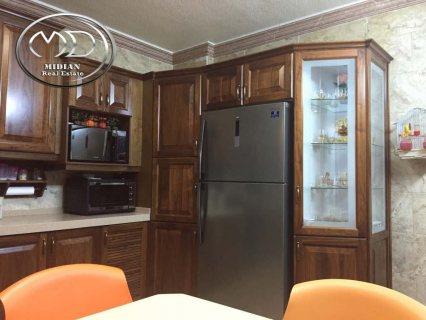 شقة للبيع في الرابية - قرب جير الرابية - ارضية - 230م