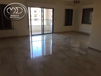 شقة فارغة للايجار - في خلدا - مقابل سدين - الطايق الثاني - 250م