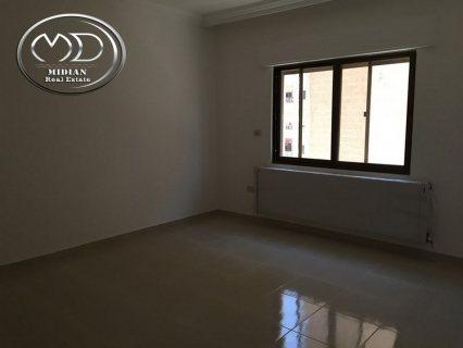 شقة للبيع في خلدا - مقابل سدين - شبه ارضي -140م