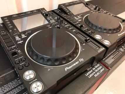 Pioneer  CDJ 2000 Nexus2 - $1100USD / Pioneer DJM 900 NEXUS2 -$1100USD