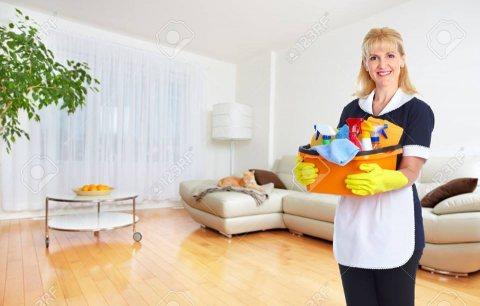 يتوفر لدينا عاملات تنظيف وظيافه بنظام يومي