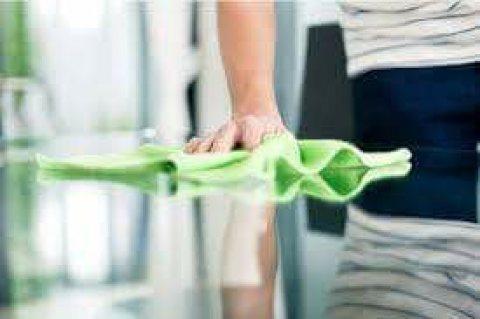 توفير عاملات تنظيف وترتيب بنظام اليومي للعائلات فقط