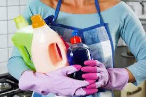 يوجد لدينا عاملات تنظيف عربيات الجنسيه بنظام يومي
