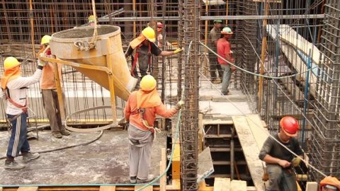 General Laborers, construction and engineers workers