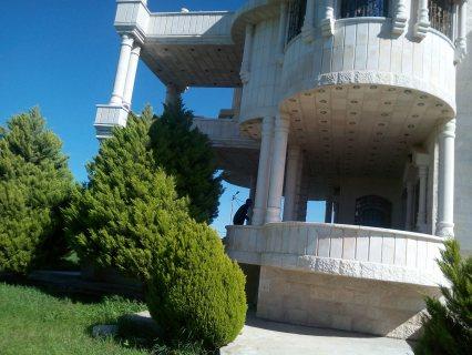 قصر بناء حديث لم يسكن للبيع