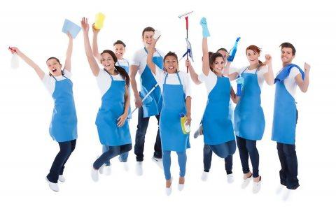 عاملات تنظيف بنظام الساعات