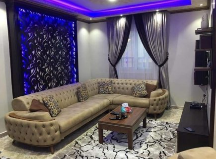 تاجر من عمان أرغب بتعرف على سيده متزوجة أو مطلقه رومنسيه جاده للصداقه