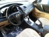 للبيع  مازدا 3 سيارة دات جودة عالية موديل 2011