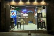 للبيع أو الضمان  مطعم بيتزا ومعجنات لبنانية